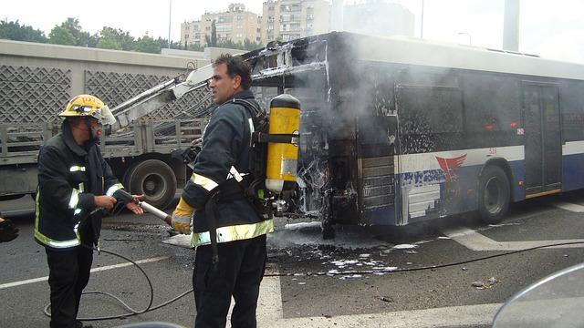 bus-72213_640