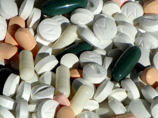 pills-1021444_640